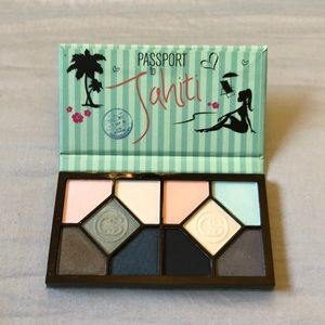 Coastal Scents Makeup - Coastal scents eyeshadow palette
